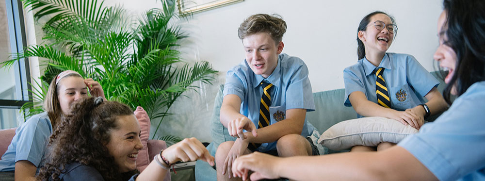 428_Feat-Img_Boarding-at-rugby-school-thailand-student-perspective-jess