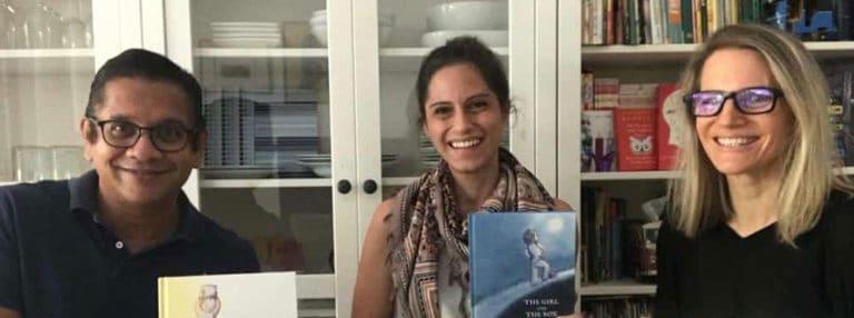 GESS家长和教师的合作导致了两本神奇的书。